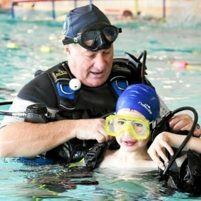 Bébés dans l''eau. Un 10e challenge régional